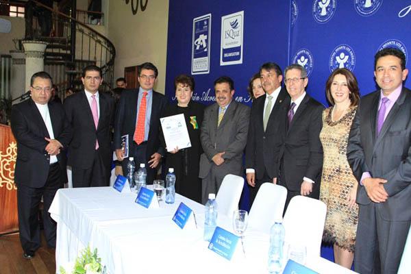 Institución Certificada como Institución Amiga de la Mujer y la Infancia - en IAMI Integral por UNICEF, el Ministerio de Salud y Protección Social y el Instituto Departamental de Salud de Nariño. (2013)